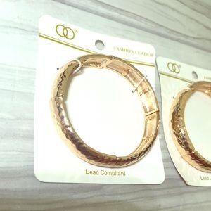 Women's gold fashion leader cuff bracelet